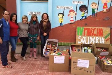 Donación de alimentos del CEIP 'Montaña Roja'