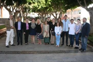 Recibimiento a un grupo de jóvenes del programa Erasmus