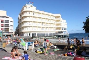 La ocupación hotelera de El Médano supera el 90% este verano