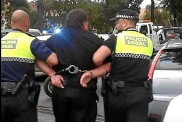 Detenido por la Policía Local un hombre en situación de búsqueda y captura