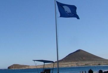 La 'Bandera Azul' ondea un año más en las playas de El Médano