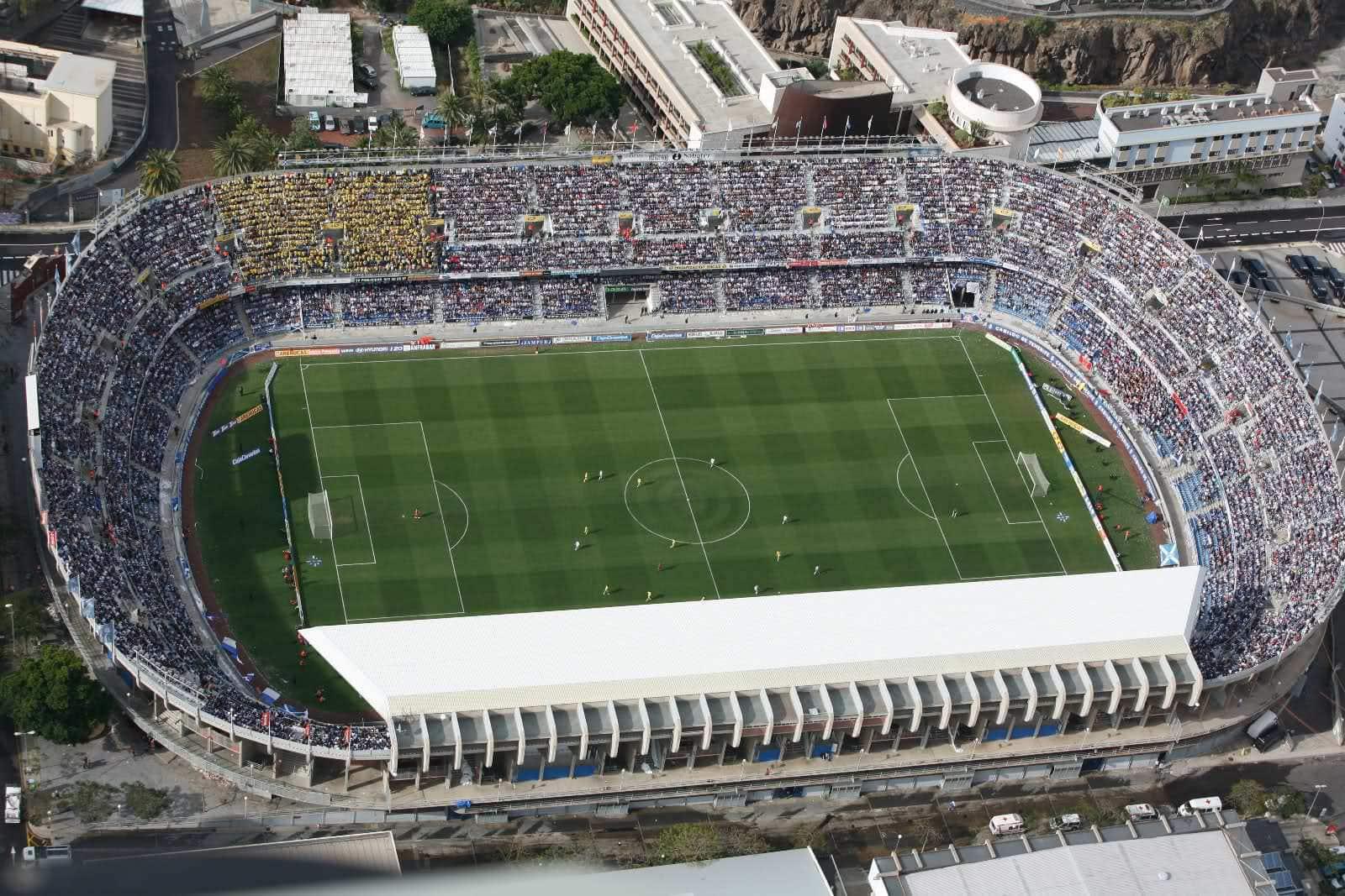 [Imagen: Estadio-Heliodoro-Rodr%C3%ADguez-L%C3%B3...agen-1.jpg]