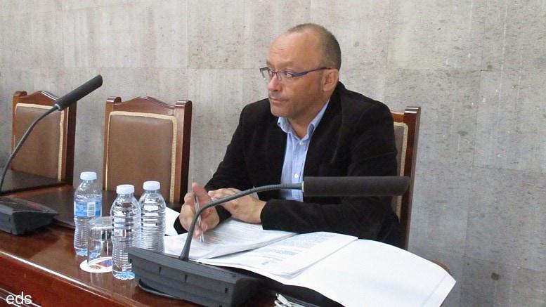 Lo que 'eldigitaldecanarias.net' opina del concejal Arquipo Quintero Ruiz