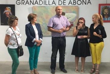 La exposición 'Dibujando el camino de mis sueños', de la granadillera Nerea Morales Melián, hasta  el 31 de julio en el Convento Franciscano