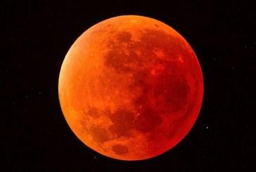La 'Luna Roja' o 'Luna de Sangre' de esta noche: el 'eclipse total lunar' más grande del siglo