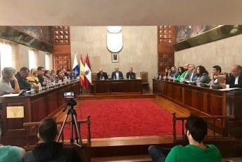 Este martes, Pleno extraordinario sobre la problemática de los 'vertidos de aguas residuales que desembocan en nuestras costas' solicitado por el PSOE e IU-Los Verdes