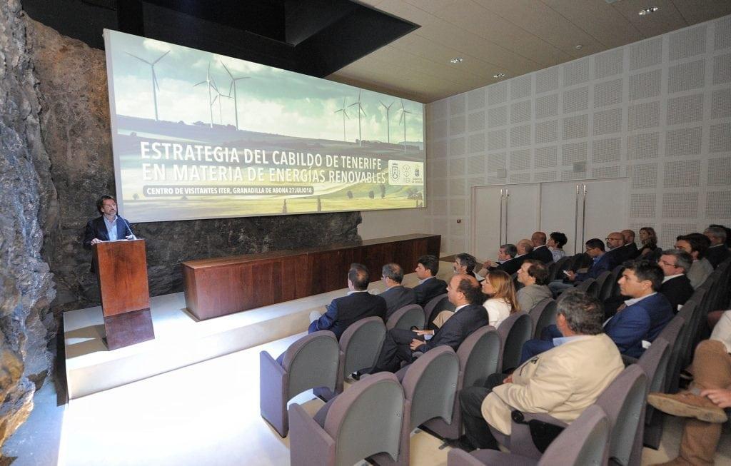El Cabildo presentó en el ITER la 'Estrategia Insular en Energías Renovables'