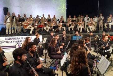 Sociedad Cultural 'José Reyes Martín' y La Parranda, dos estilos unidos en un concierto