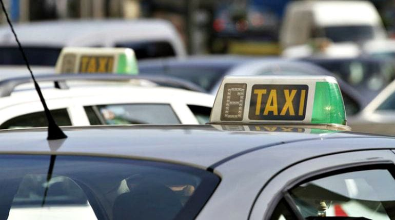 El sector del taxi se 'rearma' contra el intrusismo