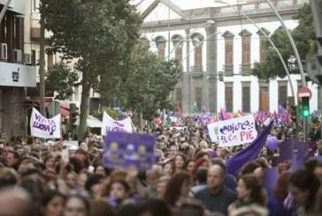 El 8M invita a las mujeres a la huelga y a toda la población a manifestarse este viernes