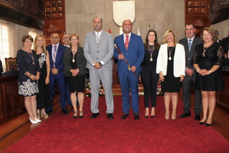 El nuevo gobierno municipal. Felicitaciones. PARTICIPACIÓN CIUDADANA y COLABORACIÓN: '¿Nos ponemos tod@s las pilas?'