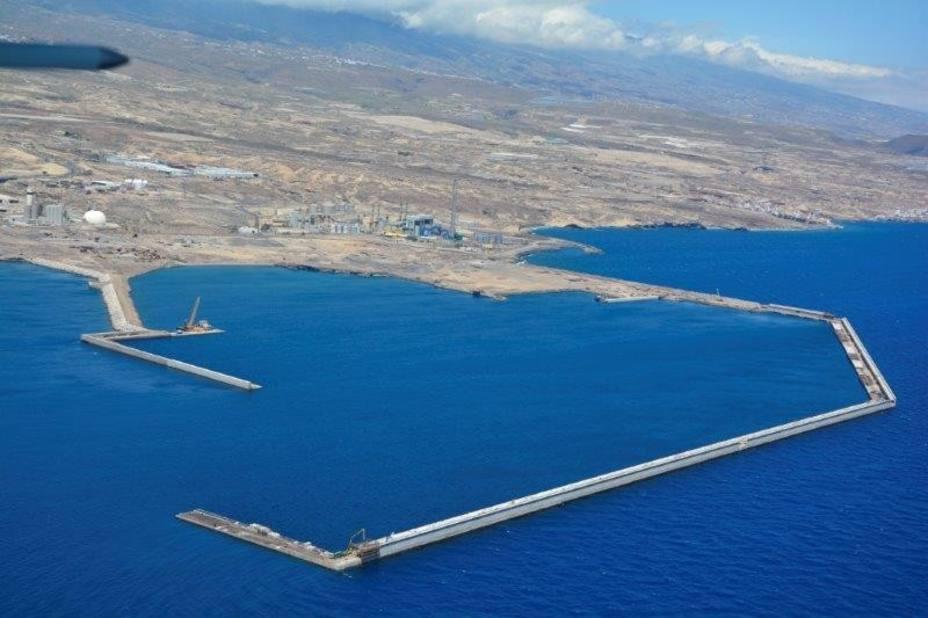 Resultado de imagen de plataforma ciudadana contra el puerto de granadilla