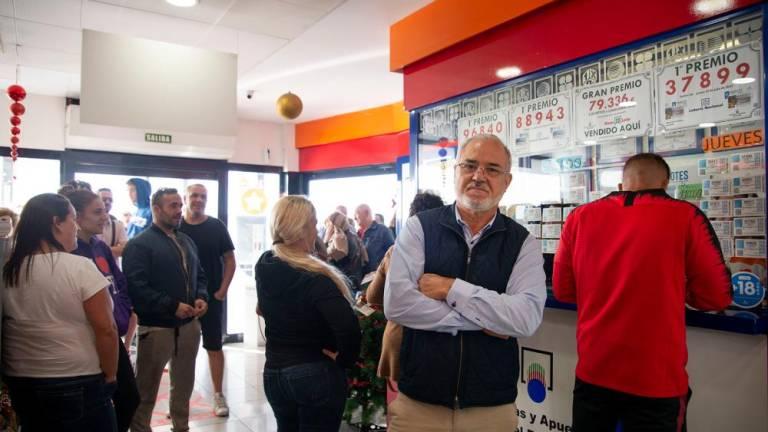 Resultado de imagen de lotería navidad 2019 gasolinera granadilla de abona