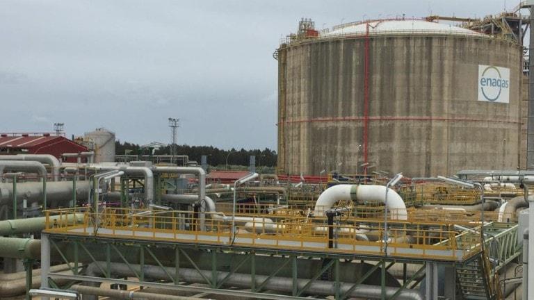 Resultado de imagen de planta de gas o regasificadora de tenerife