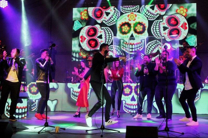 Resultado de imagen de concierto 'hakuna matata' de jóvenes cantadores