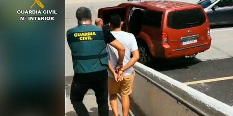 Un inmigrante sudamericano que llevaba menos de un año en España mata a un taxista en Tenerife